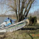 Nach Beendigung der Arbeiten fährt das Gerät einfach aus dem Gewässer über das Ufer heraus.