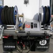"""Das System """"Rei-Gie-Flex"""" kombiniert das Gießen/Bewässern mit einem Reinigungssystem mit Hochdruckpumpe und Handlanze."""