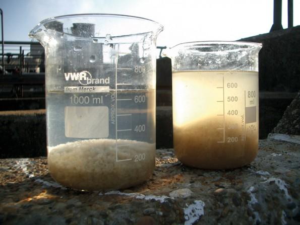 Die Auswahl des Fällmittels sowie eine erste Dosierempfehlung basiert auf Versuchen im Becherglasmaßstab vor Ort in der Kläranlage