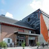 Mit der Eröffnung der Volksbank Kletterhalle Marburg und der integrierten Geschäftsstelle der Marburger Sektion entstand jüngst das Bergsportzentrum Marburg.