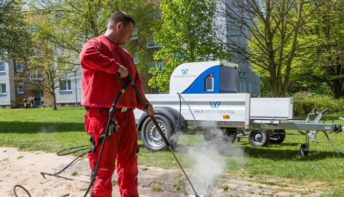 Die neue Mini Series der Firma WAVE Europe bietet einen preiswerten Einstieg in die umweltfreundliche Heißwasser-Wildkrautbekämpfung.