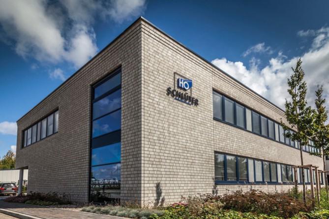 Fensterbauer H.O. Schlüter stattet eigenen Neubau mit Winkhaus activPilot Comfort PADM aus