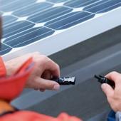 kd155 eon solar3 170x170 - Solargeschäft in Deutschland: E.ON setzt auf Neuanlagen,  Anlagencheck, Pacht und Speicher