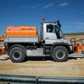 kd156 unimog2 170x170 - Unimog hilft bei der Streckenpflege