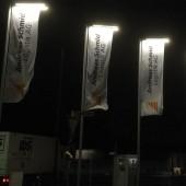 kd161 fahnen 1 170x170 - Fahnen mit LED-Beleuchtung fallen auf