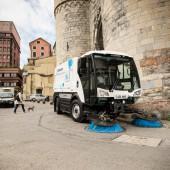 kd161 johnston 170x170 - Johnston Sweepers stellt in 2016 die völlig neuentwickelte  Großkompaktmaschine CN401 auf dem Deutschen Markt vor
