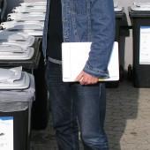 Jürgen Gerhardt (Stellvertr. Baubetriebshofleiter der Stadt Neu-Ulm) freut sich seit mehr als zehn Jahren über unverändert hohe Akzeptanz der Biotonne bei deutlicher Kostenersparnis durch den Bio-Filterdeckel