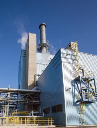 eon1 - E.ON und Evonik nehmen Gas- und Dampfturbinenkraftwerk im Chemiepark Marl offiziell in Betrieb