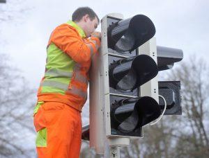 Ampel 300x228 - 1-Watt-Technologie: Die sparsamste Ampel der Welt / 1-watt technology: The world's thriftiest traffic light