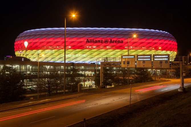 dynamische philips led beleuchtung f r die allianz arena 60 energieersparnis. Black Bedroom Furniture Sets. Home Design Ideas