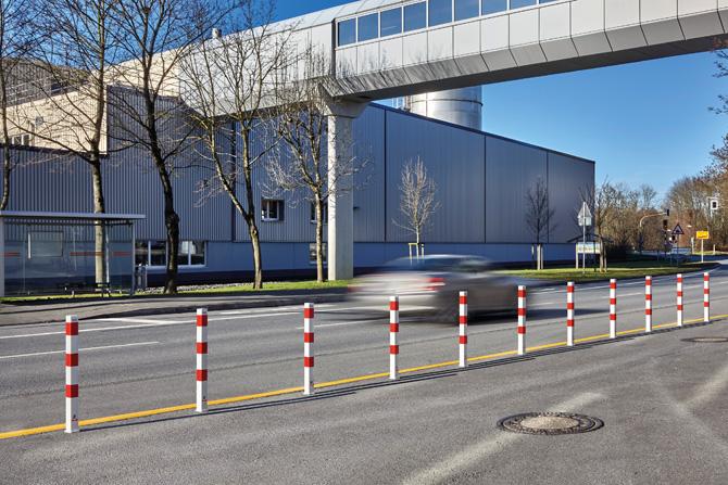 kd163 urbanus1 - Sperrpfosten ROT/WEIS ordnen die Wege-Nutzung