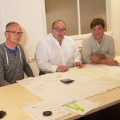 Planungsbesprechung: Links Dipl.Ing. (FH) Harald Widler, Rechts Dipl.Ing. Markus König, beide Fassnacht Ingenieure GmbH, Mitte Maik Wötzel, Vertriebspräsentant Grundfos