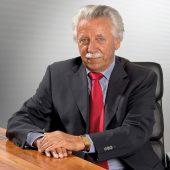 Helmut Kiesel