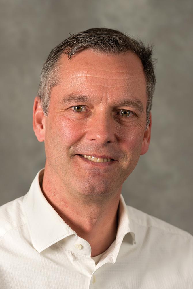 Sieht Chancen und Risiken bei der Digitalisierung; Prof. Dr.-Ing. habil. Gerd Buziek. (Foto: Buziek)