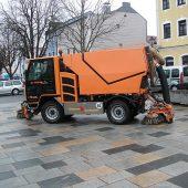 kd174 kiefer 170x170 - Straßen- und Gehweg-Reinigung mit BOKIMOBIL Kommunalfahrzeug