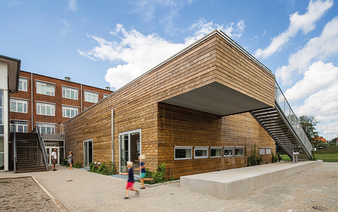 kd181 kebony4 - Die Zukunft ist aus Holz: Mehr Natur für Kindergärten & Co.