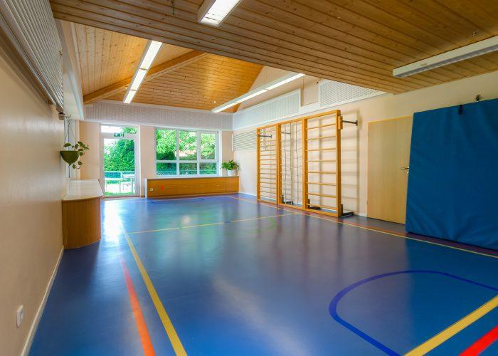 RZ references kindergarten gym Duelmen RZ Turbo Protect Color 2017 08 nachher 700x500 - In nur 48 Stunden bunte Abwechslung statt aufwendiger Belagswechsel