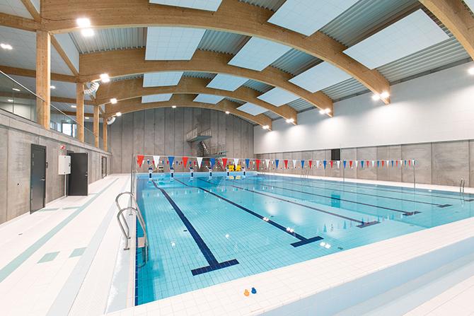 """kd183 rako - Fit für den Wettkampf: Neues Schwimmbad der norwegischen  """"Bremnes Ungdomsskule"""""""