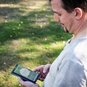 """Systemkomponenten von """"Wiser"""" kommunizieren per Funk. Nur wenige Befugte des ASV Zirndorf haben App-Zugriff auf die Steuerung der Raumtemperaturen in den einzelnen Sportbereichen und können An- und Abwesenheitsprofile bedarfsgerecht konfigurieren."""