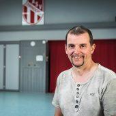 """Sanitär- und Heizungsbaumeister Thorsten Müller ist seit vielen Jahren im Wirtschaftsausschuss des ASV Zirndorf aktiv. Er hat """"Wiser"""" für seinen Sportverein entdeckt und sagt: """"Energieverschwendung war früher eine Kernproblematik, heute ist sie keine mehr."""""""