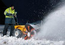 Leise räumt man den Schnee
