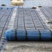Die AEG Freiflächenheizmatten gibt es für die Verlegung unter Gussasphalt oder als Variante für die Verlegung in Beton, Sandbett, Estrich.