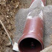 Alle Bauteile des Kanalrohrsystems sind mit einer fest integrierten FE®-Dichtung ausgestattet.