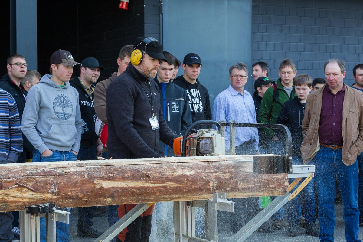 ForstLive Maschinenvorfuehrung - Demonstrations-Messe für modernes Arbeiten im Forst