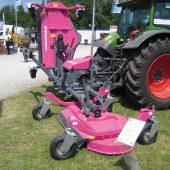 kd419 wiedenmann2 170x170 - Drei Mähdecks am Traktor