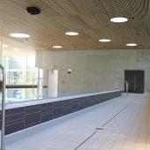 kd519 aschl2 170x170 - Cabrio-Feeling - Saniertes Fächerbad Karlsruhe punktet mit ausfahrbarem  Dach und eleganter Entwässerungstechnik