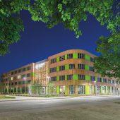kd120 pefc eckansicht eingang zufahrt 170x170 - Leitfaden für die Beschaffung von nachhaltigen Holz- und Papierprodukten -  Holz aus nachhaltiger Waldbewirtschaftung für Bauelemente, Bodenbeläge und Stadtmobiliar
