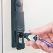 Auch Trafostationen können in die elektronische Schließanlage integriert werden. (Foto: Winkhaus)