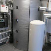 Die Hydraulikboxen der Brötje BLW Neo 18 befinden sich in einem großzügig dimensionierten Technikraum.