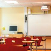 Alle Arbeitsplätze in der Grundschule am Königsgraben sind notebooktauglich ausgestattet und mit Smart-Boards digital vernetzt. (Fotos: ALHO Holding GmbH)