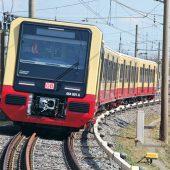 Ein Zug der neuen Baureihe 483/484 im Testbetrieb. (Foto: S-Bahn-Berlin/Konsortium Siemens Mobility und Stadler)